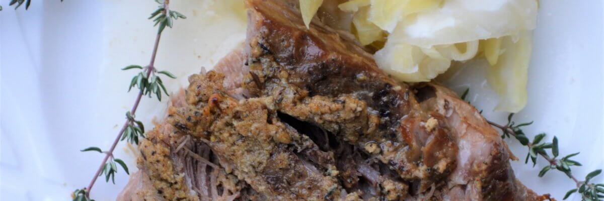 crock pot pork, pork and sauerkraut, healthy pork, gluten free pork roast